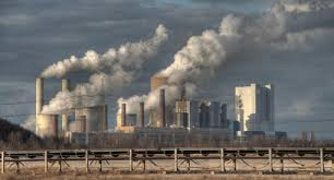 Kömür santralleri, doğaya ciddi miktarda sera gazı salınımına yol açıyor.